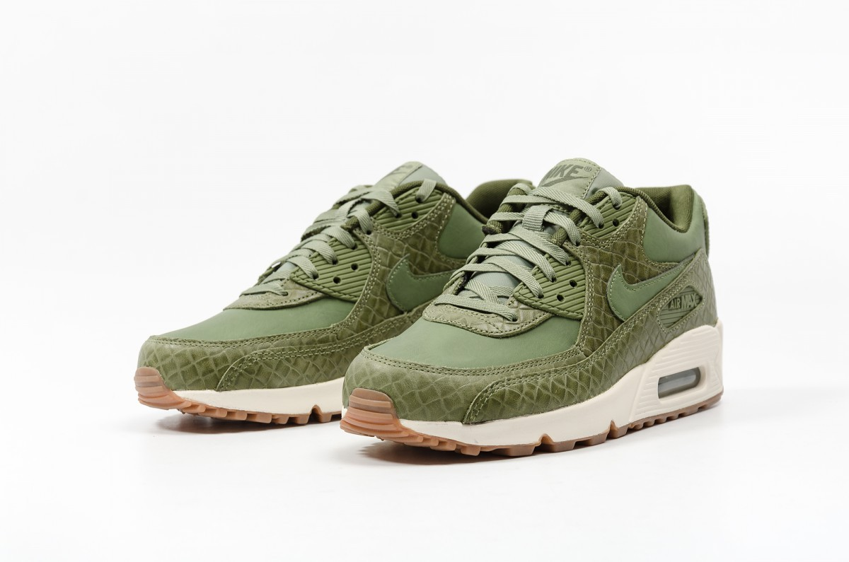 Nike Women's Air Max 90 Premium 443817-301 Green