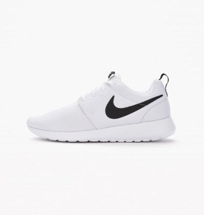 Nike Women's Roshe One 844994-101 White ,Black