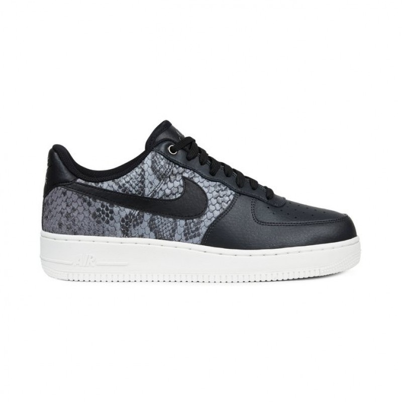 Nike Air Force 1 07 LV8 Men's Low Sneakers 823511-003 Black ,White