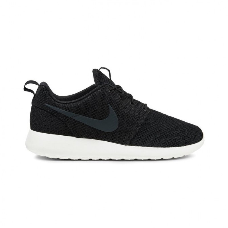 Nike Roshe One Unisex Low Sneakers 511881-010 Black