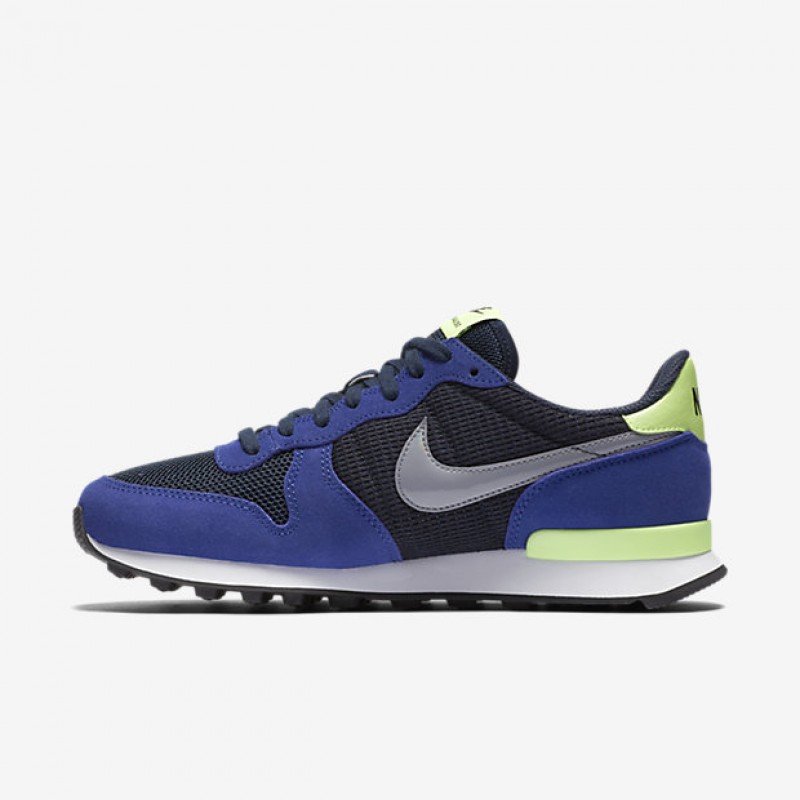 Nike Women's Internationalist 828407-400 Green