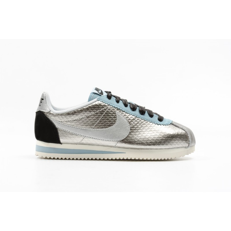 Nike Women's Classic Cortez Leather Premium 833657-004 Silver ,Black