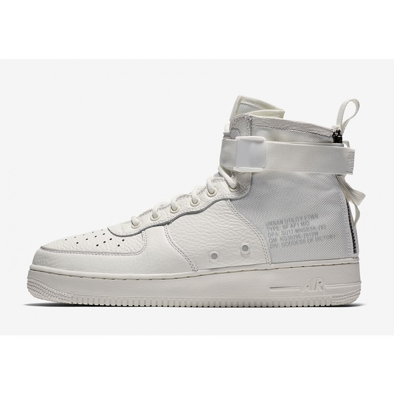 Nike SF Air Force 1 Mid aa6655-100