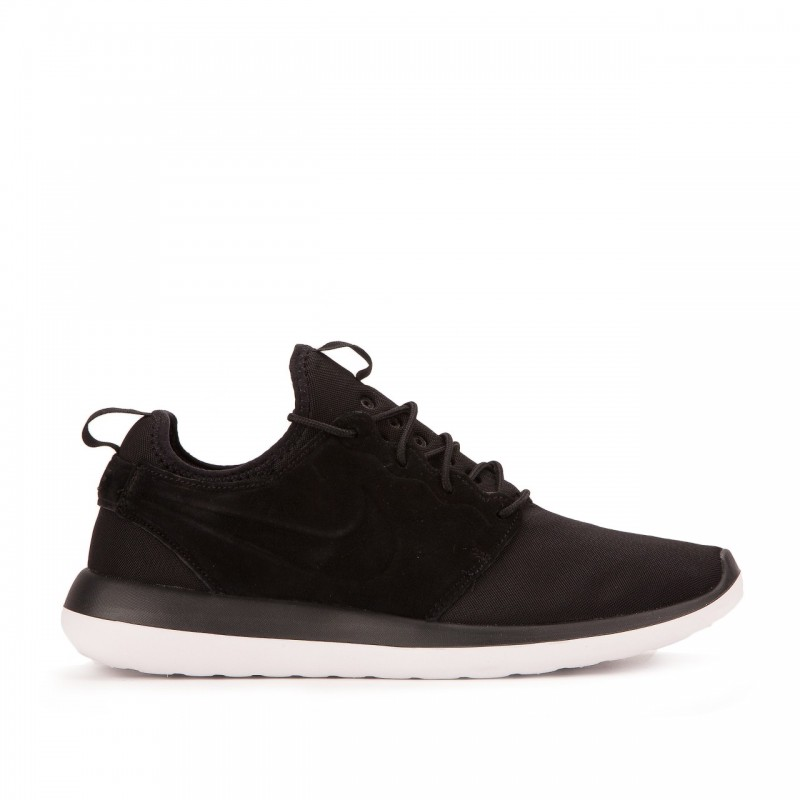 Nike Roshe Two BR 898037-001 Black ,White ,Gold