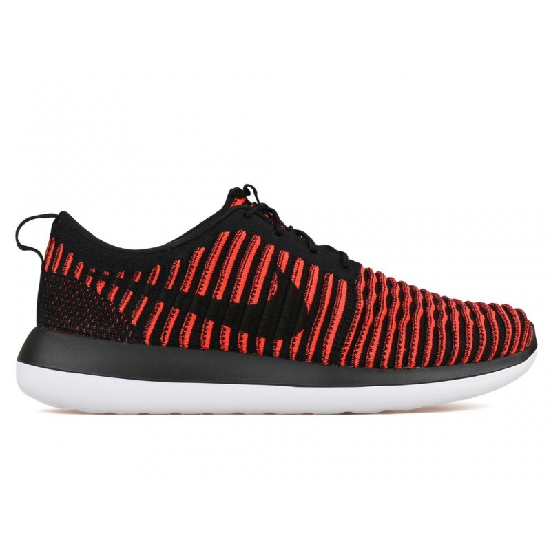 Nike Roshe Two Flyknit 844833-006 Black ,White