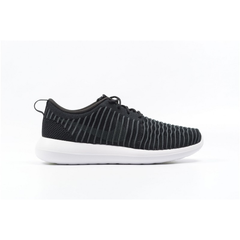 Nike Roshe Two Flyknit 844833-001 Black ,Grey ,White