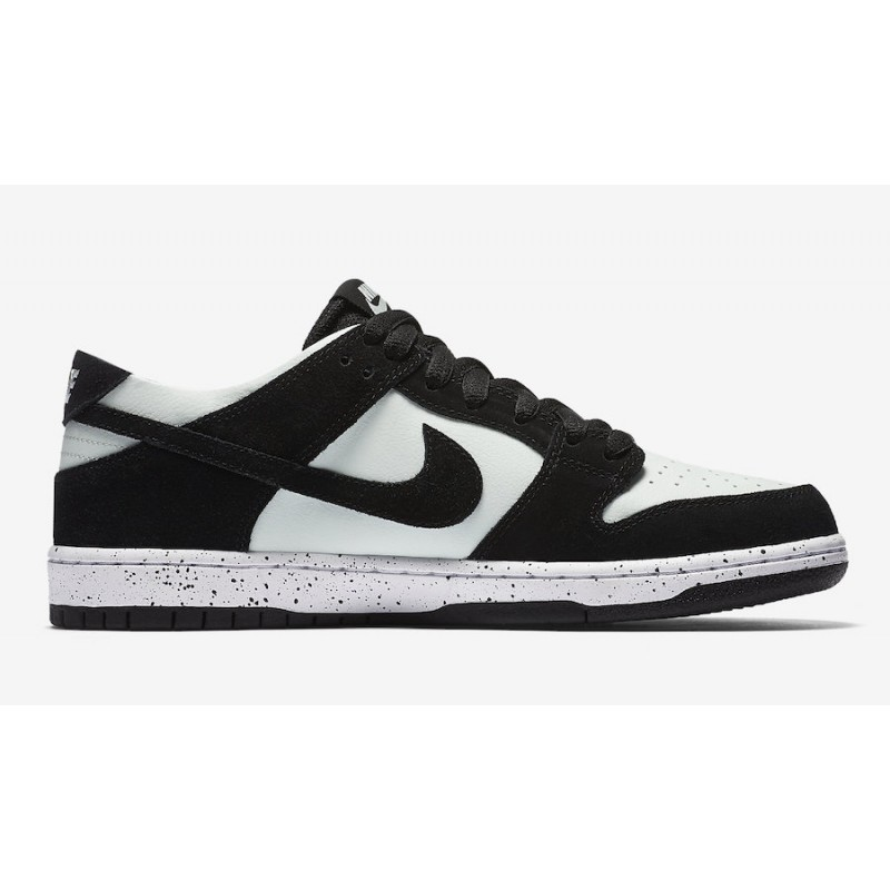 Nike SB Zoom Dunk Low Pro 854866-003 Black ,Green ,White