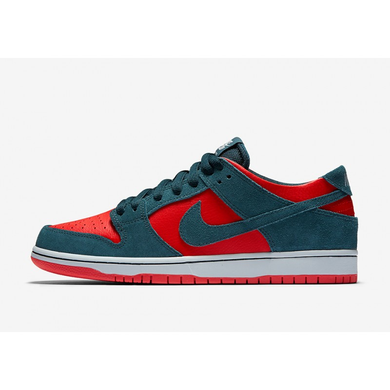 Nike SB Zoom Dunk Low Pro 854866-336 Red
